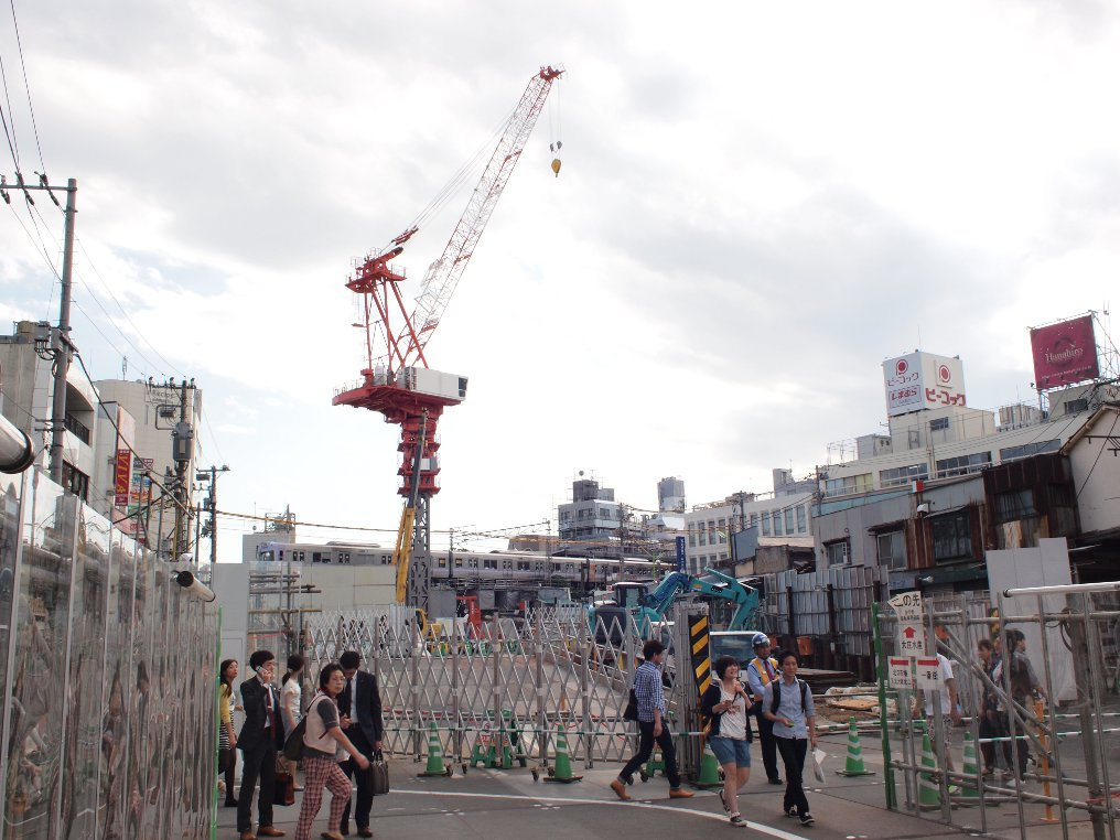 下北沢駅近くの工事