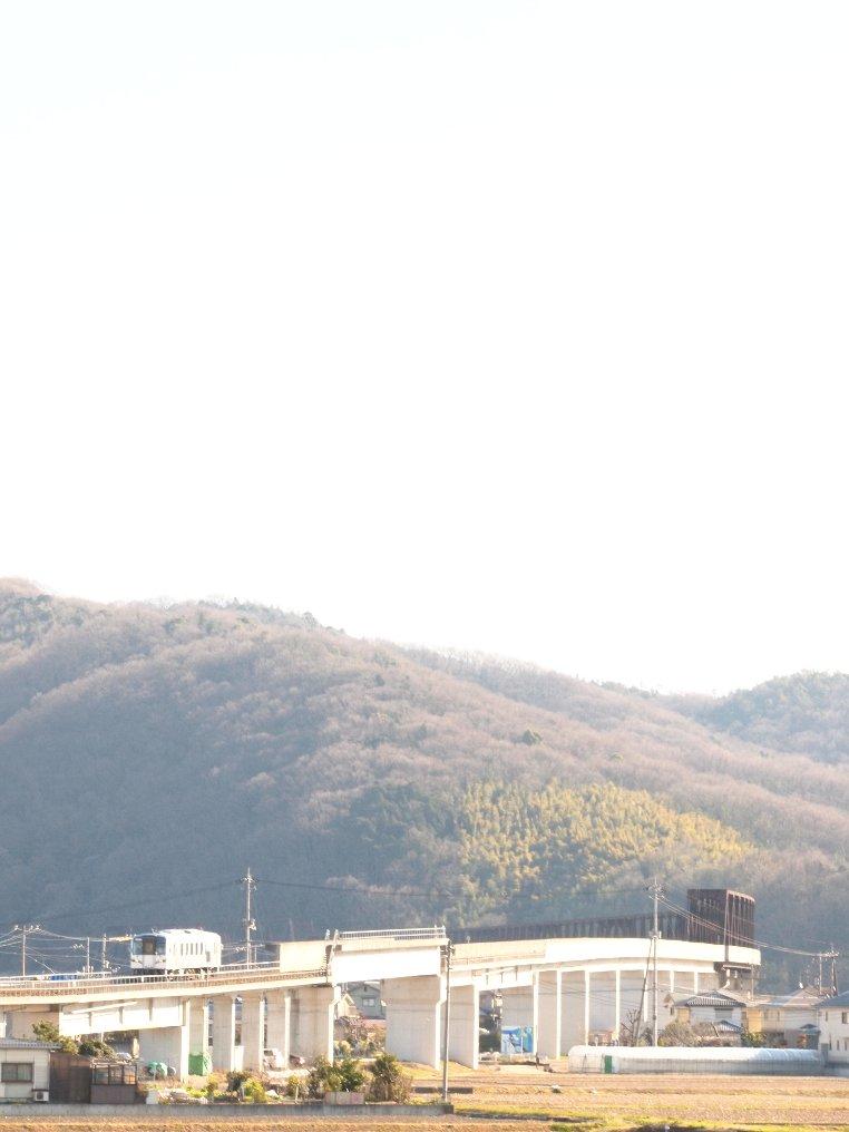 朝陽いっぱいの井原鉄道