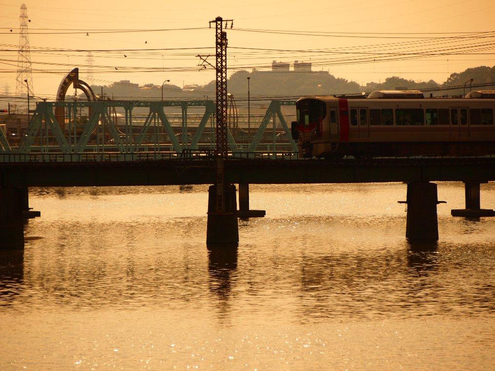 瀬野川から呉線 227系