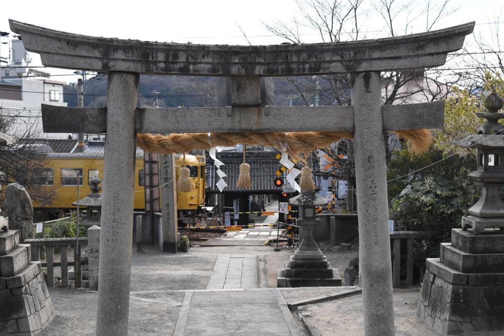 久保亀山八幡神社