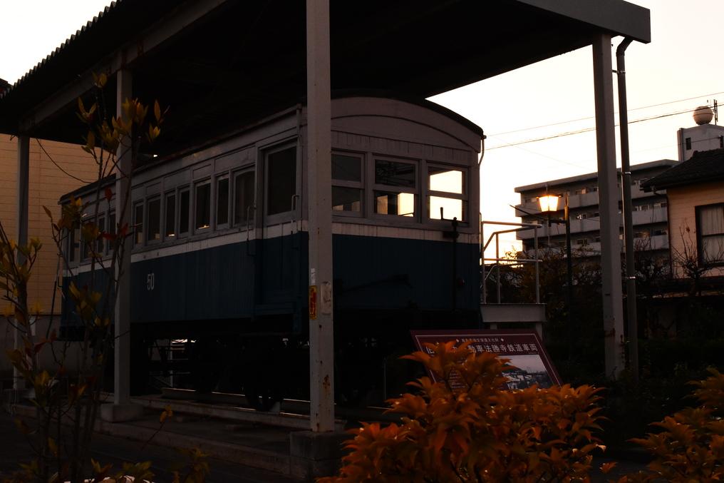 四輪木製三等客車
