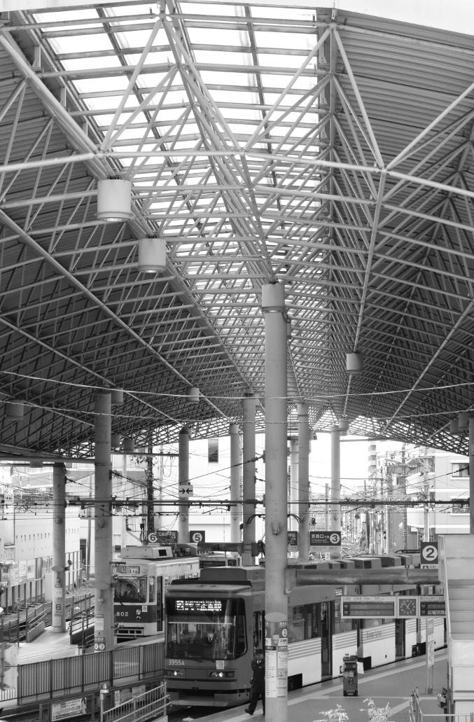 広電西広島駅の大屋根