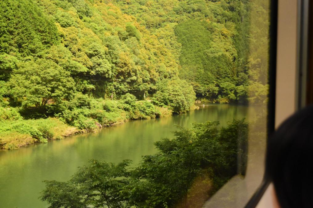 錦川鉄道車窓